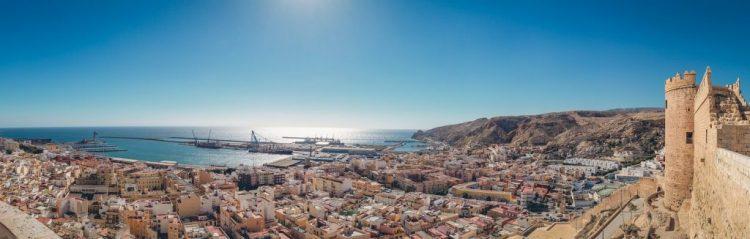 Peritos en Almería